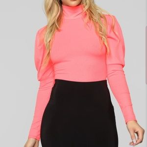 Light weight hot pink turtle neck top